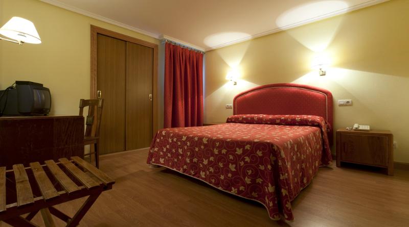 Hotel Norte y Londres    Room